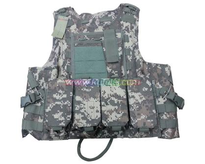 迷彩防护背心可装弹筒